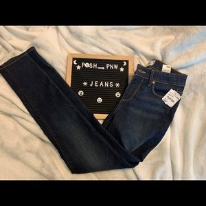 🎉Sale through 2/1🎉 NWT Paige Ankle Jeans
